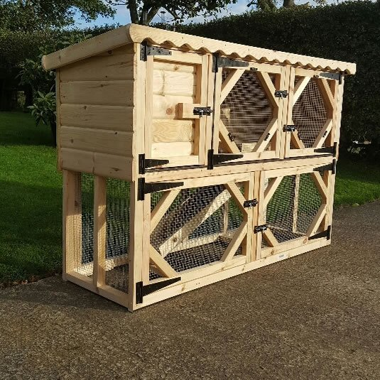 6ft Single Rabbit Hutch with Run Underneath