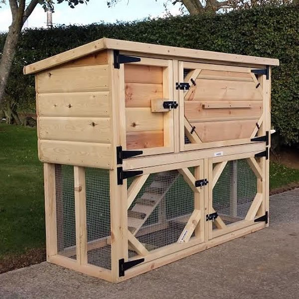 Guinea Pig Hutch with Run Underneath and Night Shutters