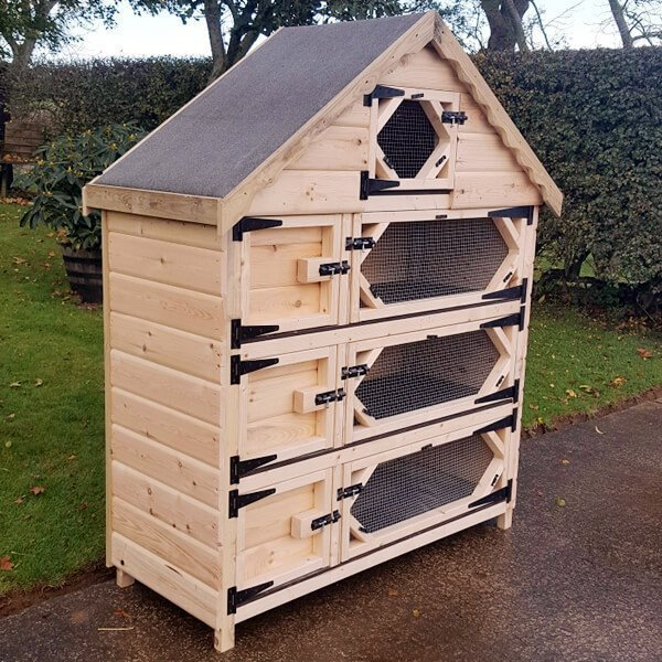 Triple Deluxe Rabbit Hutch